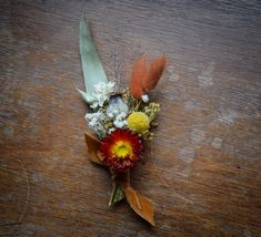 Rusty autumnal wedding with eucalyptus available for postage worldwide perfect for elopements. Scottish Flowers, Button Holes Wedding, Second Weddings, Flower Farm, Bridal Flowers, Floral Wedding, Florals, Daisy, Bouquet