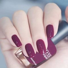 Perhaps you have found your nails lack of some trendy nail art? Sure, recently, many girls personalize their nails with beautiful … Stylish Nails, Trendy Nails, Cute Nails, Manicure And Pedicure, Gel Nails, Nail Paint Shades, Thanksgiving Nails, Beautiful Nail Art, Perfect Nails