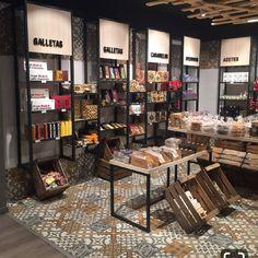 Ortopedia u otra zona Bakery Shop Design, Coffee Shop Design, Restaurant Design, Cafe Interior Design, Retail Interior, Cafe Design, Supermarket Design, Retail Store Design, Store Layout