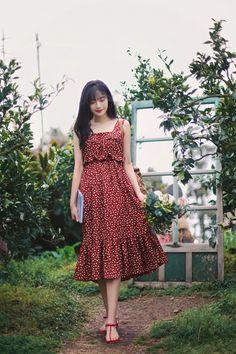 Korean Fashion – How to Dress up Korean Style – Designer Fashion Tips Cute Skirt Outfits, Cute Dresses, Dress Outfits, Casual Dresses, Dress Up, Summer Dresses, Fashion 101, Cute Fashion, Modest Fashion