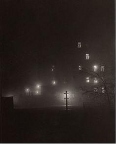 Josef Sudek / Night walk in Prague Dark Photography, World Photography, Black And White Photography, Street Photography, Prague Photography, Nocturne, Josef Sudek, Photo B, Famous Photographers