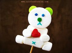 Valentine Bear Marshmallow Pop.  Looks so easy, and is adorable.  B would dig it.  :)