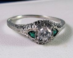 This is so gorgeous. Would love the emeralds, b/c i have a may baby:)