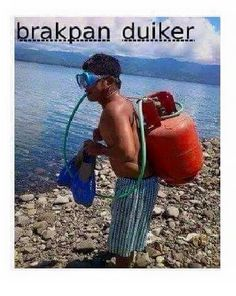 If your Scuba diving instructor looks like this. it's time to worry // funny pictures - funny photos - funny images - funny pics - funny quotes -