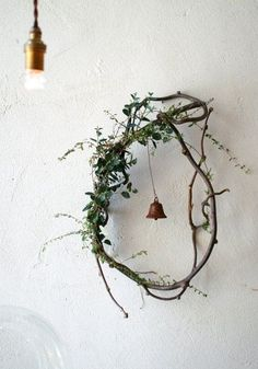 Wedding hoop with green and flowers bridal shower decor decoration ヒ ビ コ ト / co Ideas with dried flowers – Miss Klein DIY Valentine's Day Hoop Wreath with Wood Slices – Lydi Out Loud, DIY embroidery hoop wreath … Diy Christmas Decorations, Christmas Wreaths, Christmas Crafts, Holiday Decor, Whimsical Christmas, Holiday Parties, Twig Art, Christmas Time, Xmas