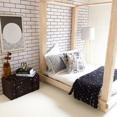 DIY dollhouse furniture, modern miniatures, miniature bed Follow me on Instagram @onebrownbear