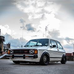 The OG GTI #vw #volkswagen #golf #gti #slammed #stanced #fitment #oldschool #mk1 #lowered #euro #carporn #jj #love #instagood #igers #photooftheday #igdaily #xsauto #bornauto #xenonsupply