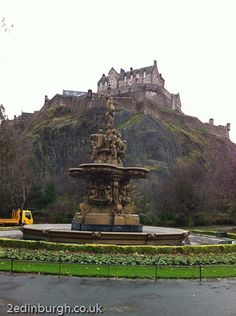 November in Edinburgh No1 - Short breaks - #Edin365 Edinburgh Castle from West Princess Street Gardens www.2edinburgh.com Short Breaks, Edinburgh Castle, Time Of The Year, Plan Your Trip, Castles, Parks, Things To Do, Places To Visit, November