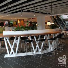 A few months after opening and One Central Park's Living Mall continues to mature. Leanne Amodeo visits the new Sydney shopping precinct Australian Interior Design, Interior Design Awards, Food Court Design, Retail Store Design, Interior Plants, Hospitality Design, Cafe Design, Cafe Restaurant, Beautiful Space