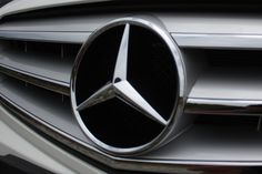 Mercedes-Benz Formula E pistlerinde boy göstereceğini doğruladı Mercedes Cls, Mercedes Benz Logo, Mb Logo, 4x4 Wheels, Benz C, Logo Nasa, Dream Cars, Logos, Business News
