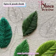 19 puntadas diferentes para bordar hojas Libro de bordado página 6 - YouTube Hand Embroidery Patterns Flowers, Hand Embroidery Videos, Embroidery Stitches Tutorial, Embroidery Flowers Pattern, Hand Embroidery Designs, Embroidery Techniques, Creative Embroidery, Simple Embroidery, Woodland Nursery