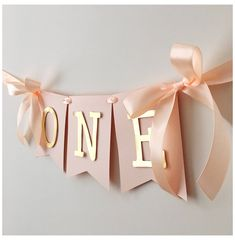 Rose Blush Gold High Chair Banner A High Chair Sign Baby .- Rose Blush Gold Hochstuhl Banner Ein Hochstuhl Zeichen Baby Mädchen Geburtst… Rose Blush Gold High Chair Banner A High Chair Sign Baby Girl Birthday … # baby - 1st Birthday Party For Girls, Birthday Presents For Girls, 1st Birthday Gifts, 1st Birthday Banners, 1st Birthday Girl Decorations, Birthday Banner Ideas, High Chair Birthday, Happy Birthday 1 Year, 1st Birthday Photos