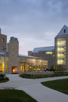 University of Toledo - Ottawa House by GBBN architects. With Arriscraft Laurier Building Stone custom color.