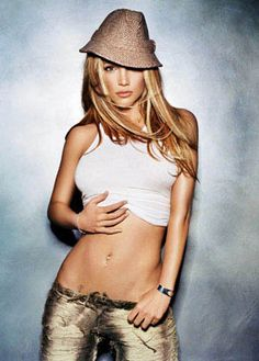 Top 10 Famous Fedora Hats.  I love the comment for Britney Spears