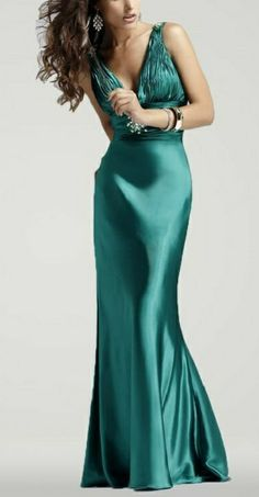 Evening Gowns with Long Sleeves for girls For Kids India Form Women For Teenage Girls 2013: Evening Gowns Women Pictures Photos Images Pics 2013