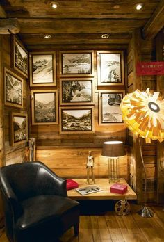 Minimalist Mudroom Entryway Decor Ideas 41 – Home Design Alpine Lodge, Val D'isère, Stations De Ski, Laundry Room Remodel, Simple Pictures, Deco Design, Mudroom, Entryway Decor, Small Spaces