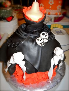 Elvira's sugar paste dress