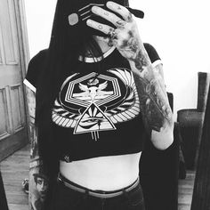 """Can we all take the time to appreciate how 🔥🔥🔥 my wife @leesa777 looks in our new crop tops?! 😍👌#fuckingnom """"Horus Rising"""" cropped tops available at www.crmcclothing.co 
