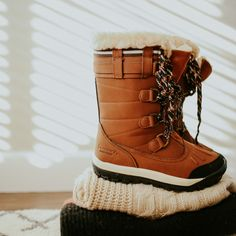 Something you won't want to leave behind ❤️🐻🐾 Shop Desdemona: www.bearpaw.com #BearpawShoes #LiveLifeComfortably