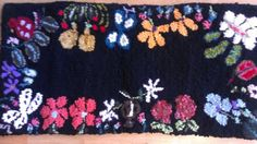 Hand hooked cashmere and wool rug by caroleelliott on Etsy, $135.00