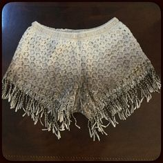 """💥SALE💥Ombré crochet fringe shorts Super cute ombré crochet shorts with fringe. Shorts are lined in cream. Wear these with flats for a casual look or heels, booties to dress them up. Ad a blazer, cardigan etc. pretty cream to brown ombré. Elastic waist. Measures approximately 13"""" across waist lying flat, stretches about 2 1/2"""" more. Rise 9"""". Size Small/Medium. NWT. Material 100% cotton. Host Pick😆 Grifflin Paris Shorts"""