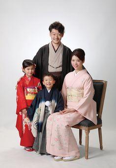 七五三フォト5 Hair Setting, Rite Of Passage, Japanese Kimono, Hanfu, Infants, Diy Clothes, Family Photos, Children, Kids