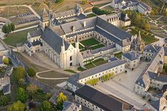 General view of the Fontevraud Abbey or Fontevrault Abbey (Abbaye de Fontevraud), Fontevraud-l'Abbaye, Anjou, France. Versailles, Places Ive Been, Places To Go, Eleanor Of Aquitaine, Saumur, Loire Valley, Uk History, Family History, Plantagenet