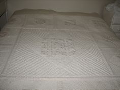 Marianne Quilt in delicate shades