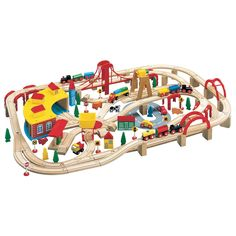 145 Piece Wooden Train Set - Sam's Club