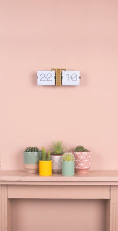 ♕cactus - Interior: perfect combo of colours, plants and product Color Inspiration, Interior Inspiration, Interior Ideas, Deco Cactus, Cactus Decor, R6 Wallpaper, Deco Rose, Cactus Y Suculentas, Small Living Rooms