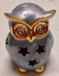 Mini Owl, by Jillian Varga Prize in Miniature Section. Campbelltown Art Show. Owls, Porcelain, Miniatures, Skull, Lighting, Painting, Art, Art Background, Porcelain Ceramics