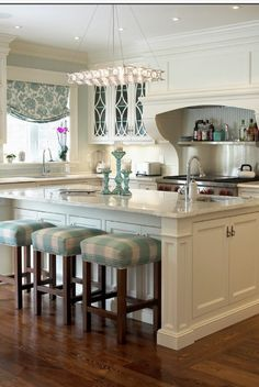 Luxury Homes@tracypillarinos Houzz.com Luxury Kitchen space & a touch of mint