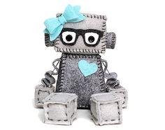 Geek Girl Robot con corazón y lazo, gafas Nerdy en gris y elegir los accesorios de Color