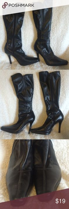 Black Heeled Zip Up Boots Size 10 Excellent Condition! Minor scuffs and marks from wear. Zip up. CL by Laundry. Size 10 M. CL by Laundry Shoes Heeled Boots