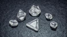 Whether fashioned or rough, all diamonds have the same chemical composition and internal crystal structure. GIA (082613)