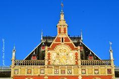 Travel in Clicks: Amsterdam Amsterdam City, Central Station, Big Ben, Facade, Building, Travel, Viajes, Buildings, Trips