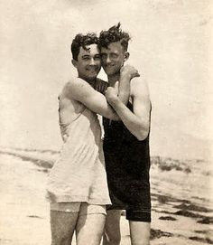 Vintage photographs of gay and lesbian couples and their stories. Vintage Couples, Vintage Love, Vintage Men, Vintage Lesbian, Lgbt Couples, Cute Gay Couples, Vintage Photographs, Vintage Photos, Lgbt History