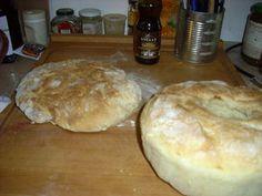 Pâte à pain : S., 2 ans, S., 3 ans, M., 20 mois, et M., 1 an