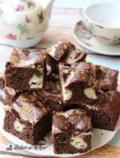 prăjitură marmorată Snacks, Drinks, Desserts, Food, Drinking, Tailgate Desserts, Appetizers, Beverages, Deserts