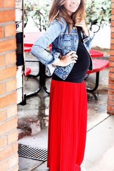 long maternity skirts = my fav! So easy to convert seasons, wear with a tank for summer/maxi style, or layer with a jacket for the fall