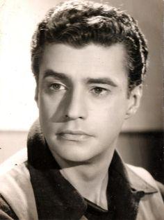 Alberto Ruschel - 21 de fevereiro de 1918 — 18 de janeiro de 1996), foi diretor, produtor e roteirista de cinema, e ator de cinema e televisão brasileiro.