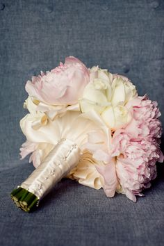 Pink peonies and cream roses soft bouquet - Junebug Weddings - Wedding Photo Gallery – Photography - Ideas - photography