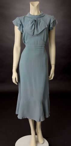 Living with Jane: 1930's Dress: Gunmetal-Grey  Shorten the hemline to knee length for day dresses