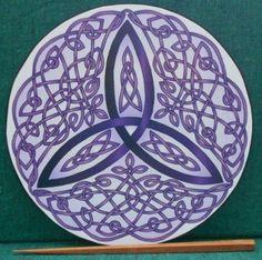 Celtic Trinity Knot Art Therapy Plate - Purple Price : $29.95 http://celticart.hostedbywebstore.com/Celtic-Trinity-Art-Therapy-Plate/dp/B009XJ280E