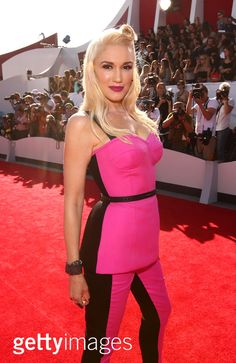 Singer Gwen Stefani attends the 2014 MTV Video Music Awards at The Forum on August 24, 2014 in Inglewood, California. (Photo by Christopher Polk/Getty Images for MTV)