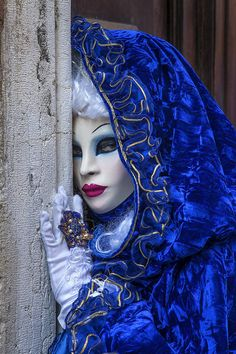 sapphire blue reveler - Carnival in Venice - (Jim Zuckerman Photography)