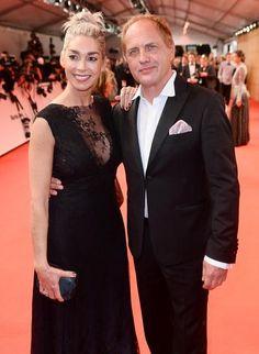 Bambi-Verleihung in Berlin: Kiki Viebrock in einem Abendkleid von ANNE WOLF