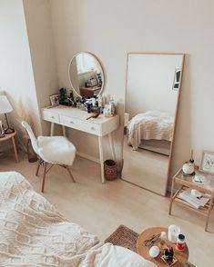 Room Design Bedroom, Room Ideas Bedroom, Home Room Design, Small Room Bedroom, Home Decor Bedroom, Study Room Decor, Minimalist Room, Cozy Room, Aesthetic Room Decor
