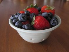 Ceramic berry bowl colander by PetitePots on Etsy