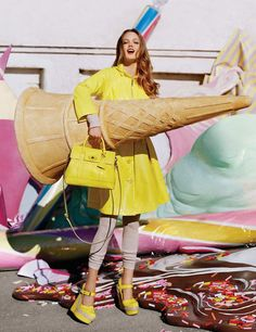 Ad Campaign: Mulberry Season: Spring/Summer 2012 Model: Frida Gustavsson and Lindsey Wixson Photography: Tim Walker